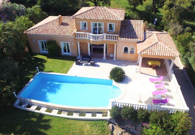 Maison à Sainte-Maxime - VILLA  LE GOLF