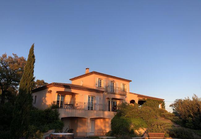 Villa à Le Plan-de-la-Tour - VILLA LES VIGNES